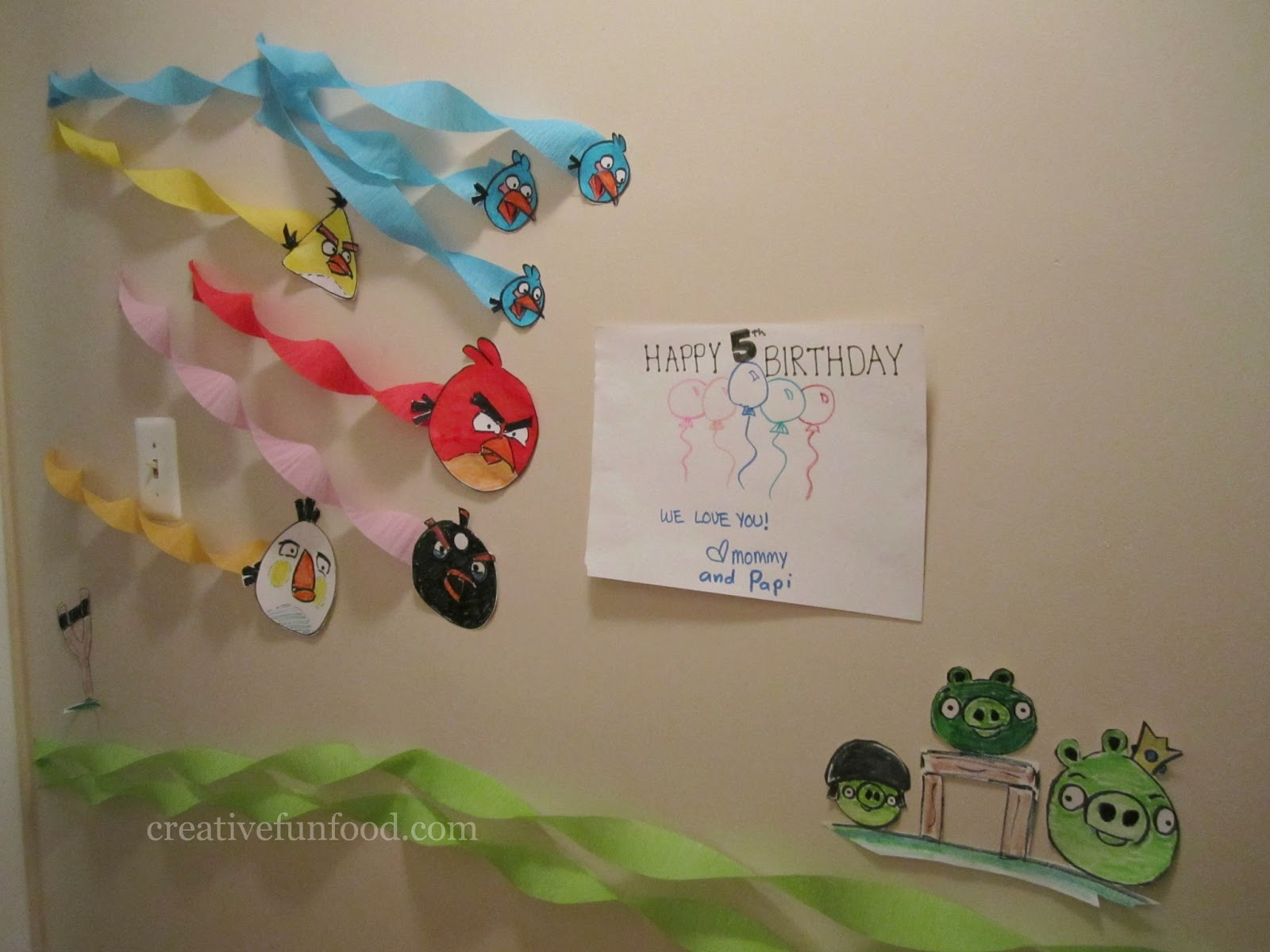 Creative food angry birds birthday party ideas for Angry birds party decoration ideas
