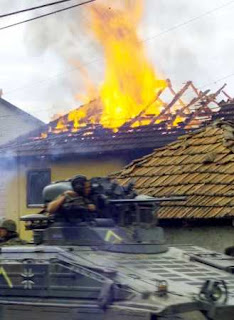 Kosovo: Serb house destroyed in fire
