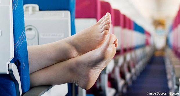 kelakuan dan tingkah penumpang pesawat yang memalukan-38