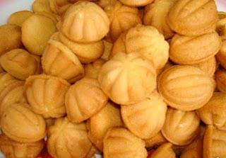 Kuih Bahulu Recipes — Dishmaps