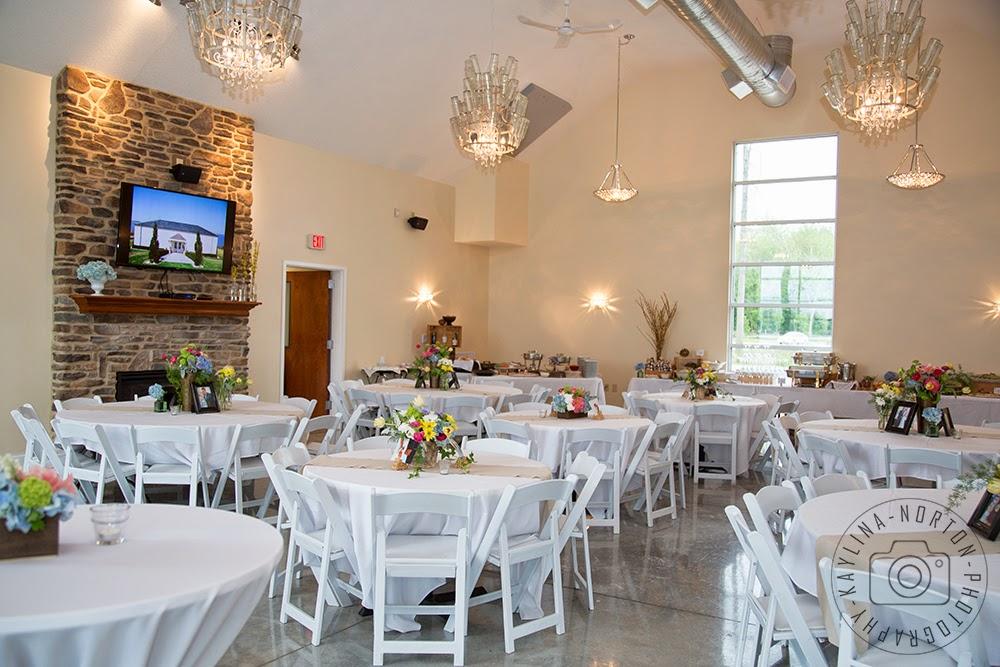 Buckeye Lake Winery Wedding Photographer