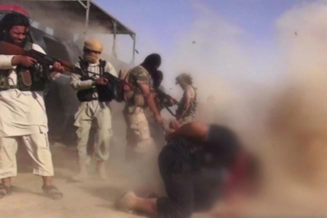 NOTICIA - Soldados kurdos descubren terribles imágenes tomadas por ISIS