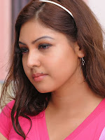Komal Jha Glamorous Photos in Pink Top-cover-photo