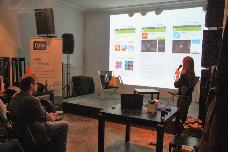 Rule Financial, Geek Girls Carrots, ludzie, widownia, prelegentka, 6 Dzielnica, spotkanie kobiet, fotografia Ewelina Choroba
