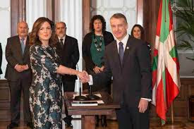 "Beatriz Artolazabal defiende 600€ para una ""vida digna"". Ella gana 7.316 al mes"