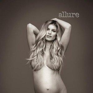 Pregnant nude photo foto 5