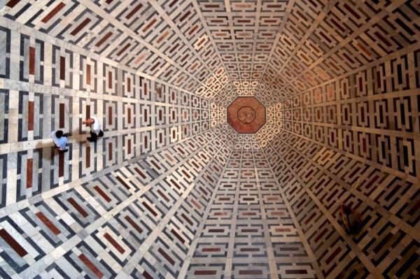Pola Lantai Katedral Florence