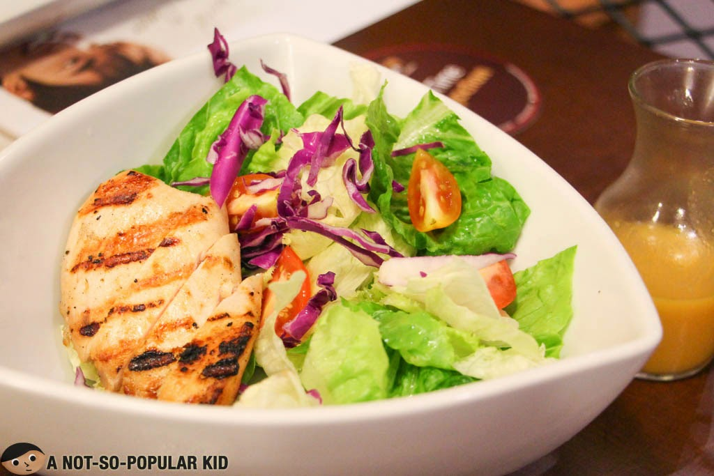 Kyochon's Green Salad with Grilled Chicken