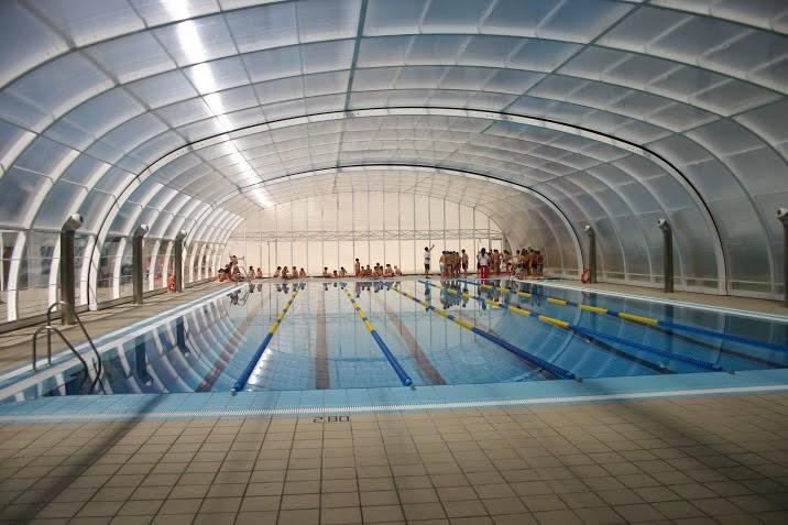 Cubiertas para piscinas telesc picas bajas cerramientos for Cubiertas para piscinas baratas