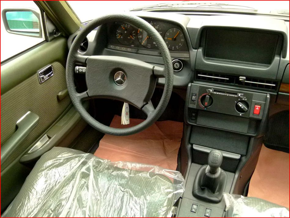 Mercedes Benz W123 300d Youngtimer Benztuning