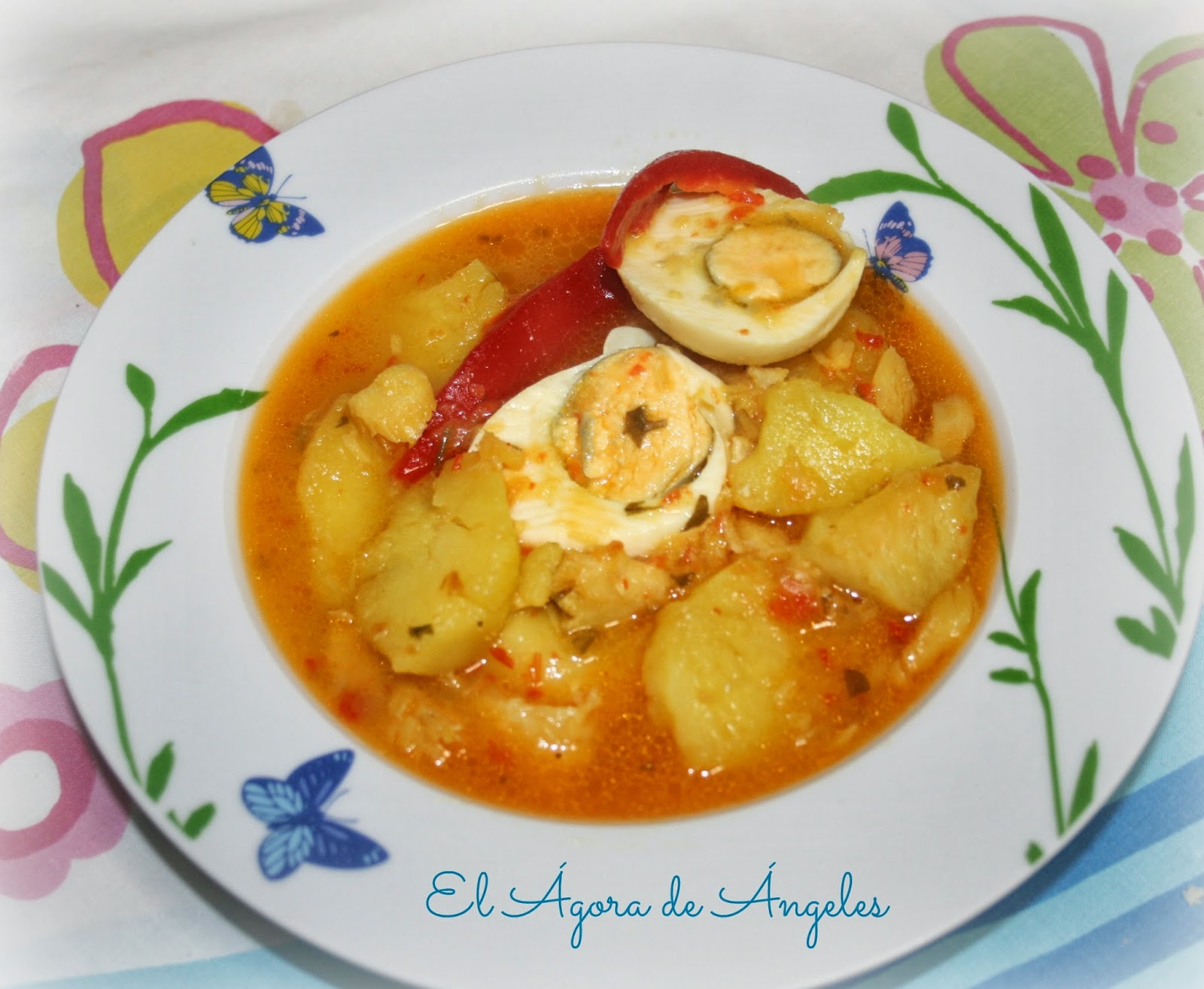 El gora de ngeles patatas guisadas con bacalao - Patatas en caldo con bacalao ...