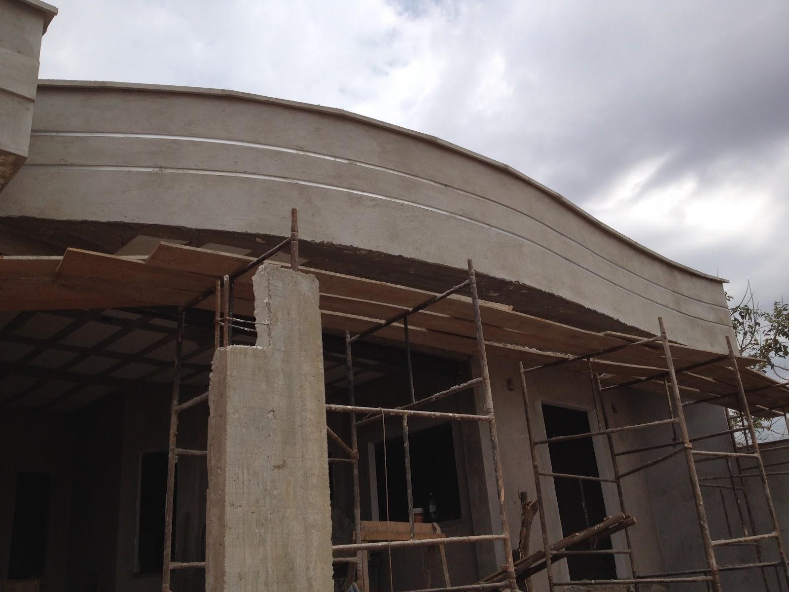 Construindo com a alinne fachada com frisos de alum nio for Fachada aluminio