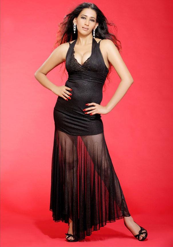 , Sanjana Singh Hot Stills