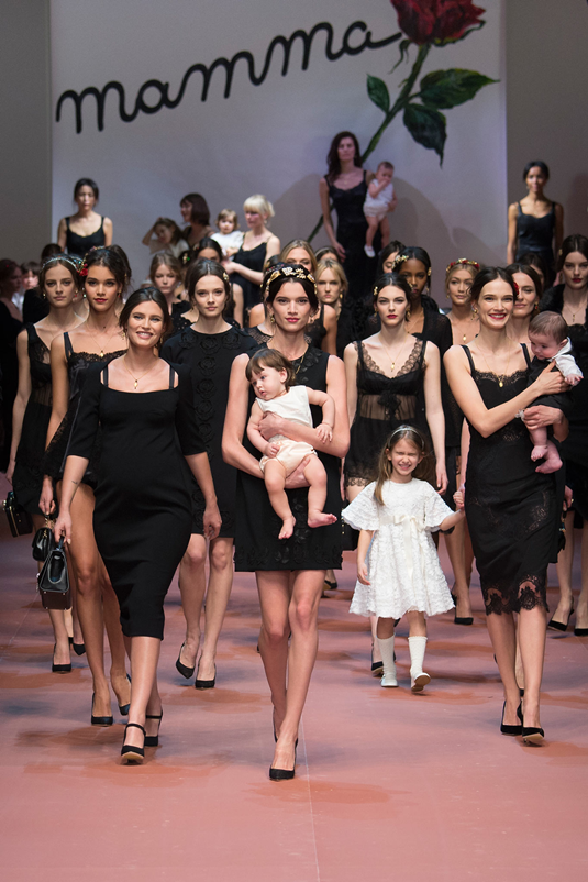 Dolce_Gabbana_fall_winter_2015_mamma_models