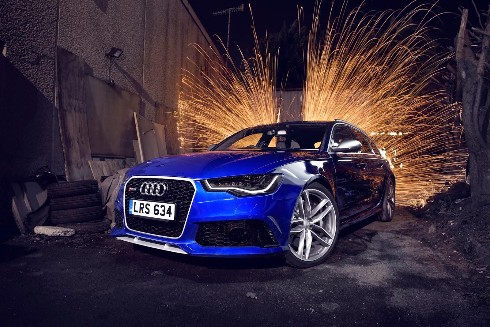 Blue Audi RS6 Avant