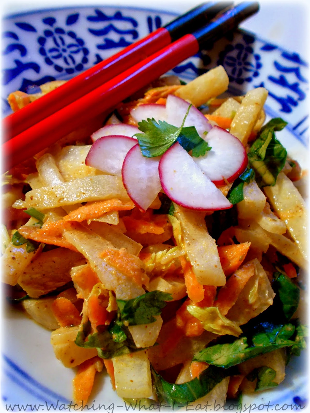 Jicama Salad with Spicy Peanut Dressing ~ Meatless Monday