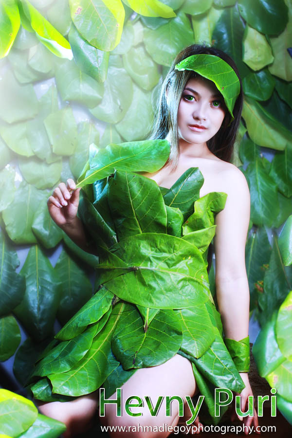 foto model konsep daun hijau 6