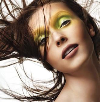 make up tips for green eyes  line14 media news