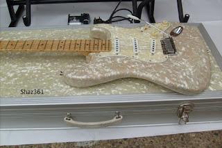 Fender CS Page/Esparza 1996 White Moto Strat