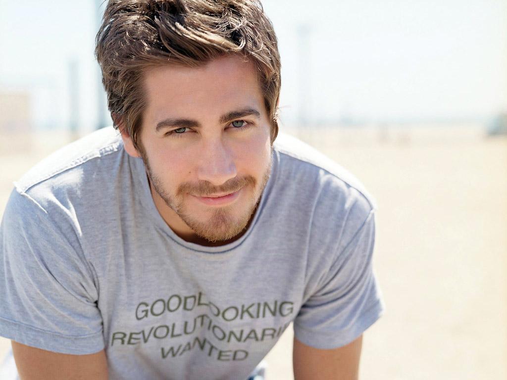 http://3.bp.blogspot.com/-55IP7OQzWxA/Te4izpcYQOI/AAAAAAAAFVQ/Q97_TwdGzrI/s1600/Jake_Gyllenhaal05.jpg