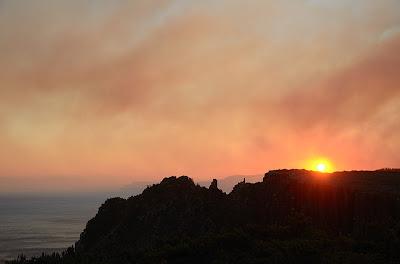 Forestry burnoff smoke fills Storm Bay - 8th April 2011