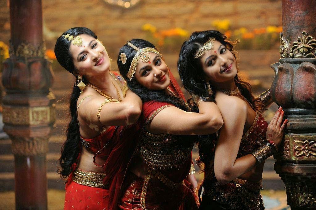 Anushka Shetty Latest  hot Photos From Rudramadevi Movie