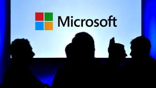 Η Microsoft παρά την ύφεση στην αγορά των PC κερδίζει με το Cloud.