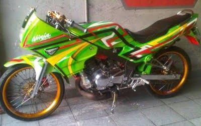Modifikasi Motor Kawasaki Ninja Hijau