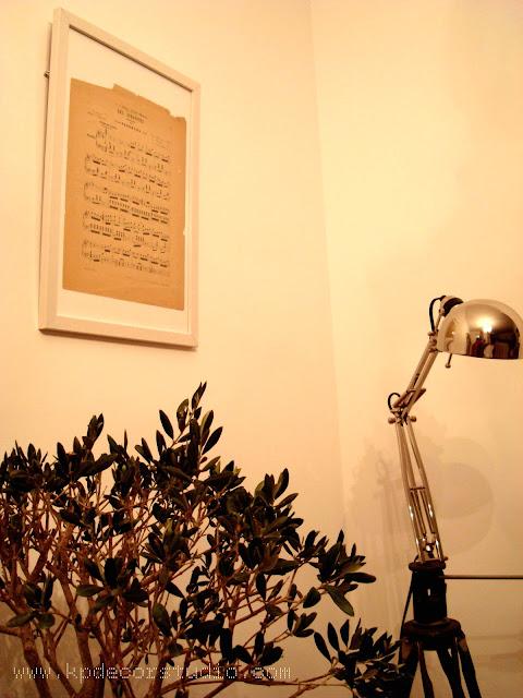 KP. Ideas para decorar tu pared, cuadros y partituras. Objetos vintage para decorar pares