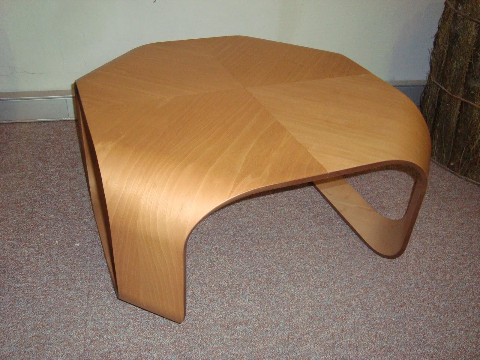 Liquidacion muebles de dise o mesas for Liquidacion muebles diseno