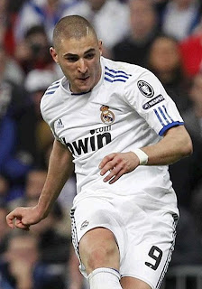Benzema playing a Real Madrid match