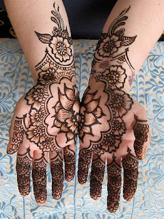 LATEST MEHANDI ART 2014