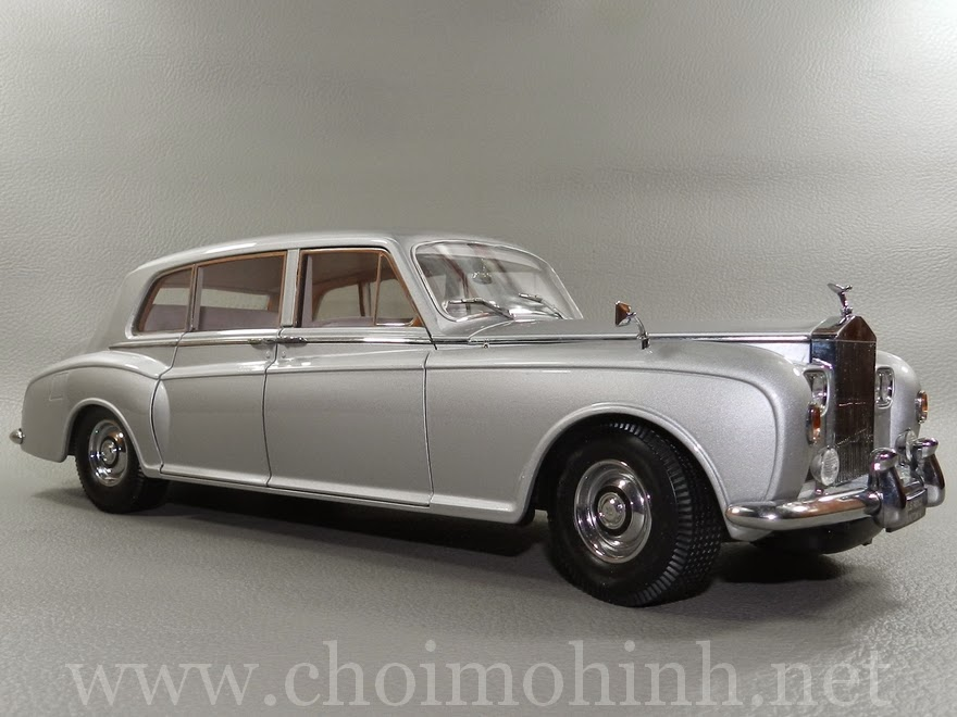 Rolls-Royce Phantom V 1964 1:18 Paragon side