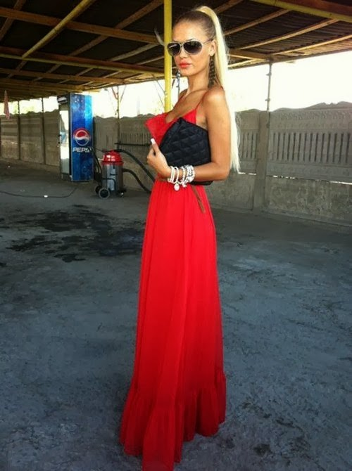 Red maxi dress. Love.