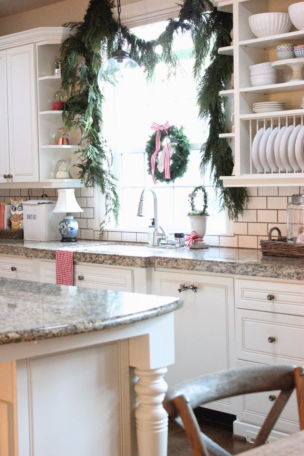 Christmas in the Kitchen….and a favorite recipe!