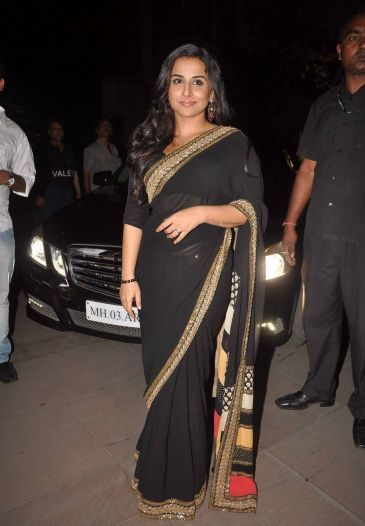 Vidya Balan in black saree - Vidya Balan at Kahaani Success Bash in Novotel