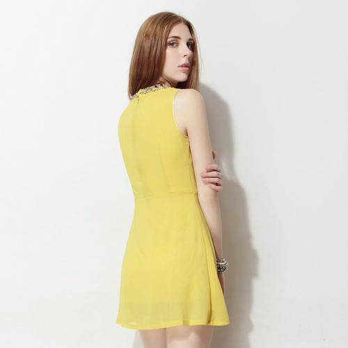 Jewel Neck Chiffon Sleeveless Dress