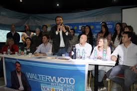 WALTER  VUOTO Intendente USHUAIA