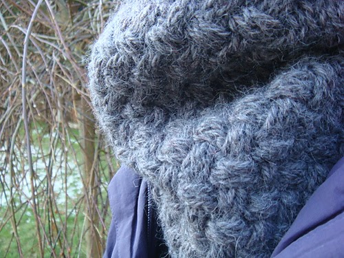 Knitting Scarf Patterns Using Large Needles : knitnscribble.com: Chunky cowls, big scarf patterns with pictures