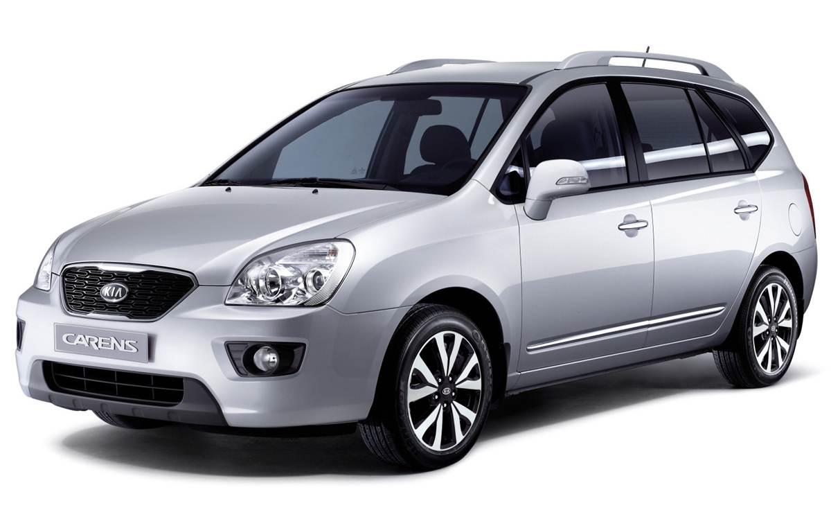Kia Carens - carro abaixo de R$ 100 mil menos vendido do Brasil