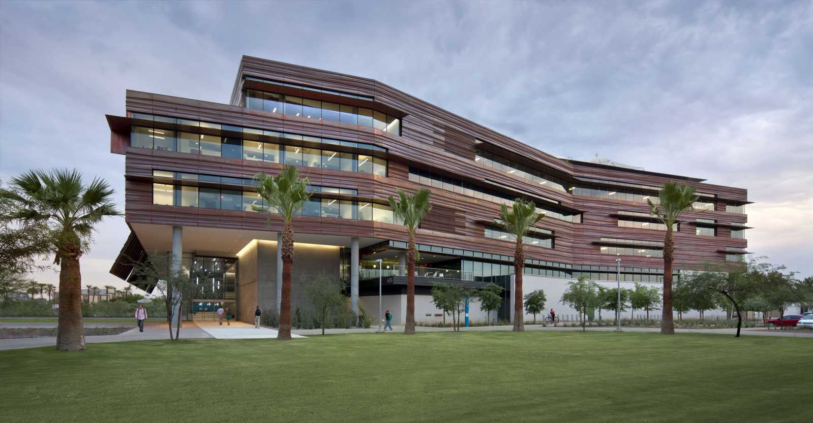 Health sciences education building by co architects for Architect education