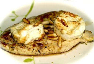 Pechugas de pollo con queso como cocinar pollo for Como cocinar filetes de pollo