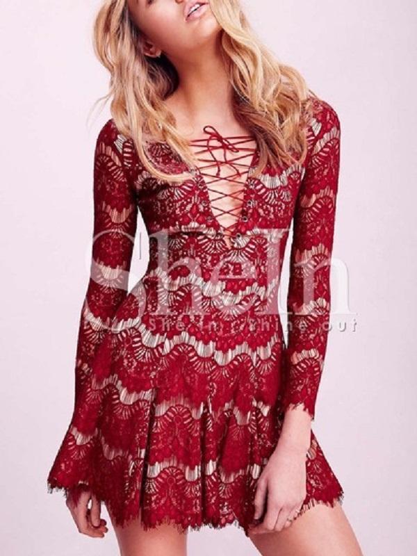http://www.shein.com/Red-Long-Sleeve-Lace-Dress-p-203165-cat-1727.html?utm_source=anouckinhascloset.blogspot.com&utm_medium=blogger&url_from=anouckinhascloset