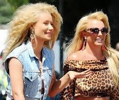 Britney Spears e Iggy Azalea lançam clipe de parceria