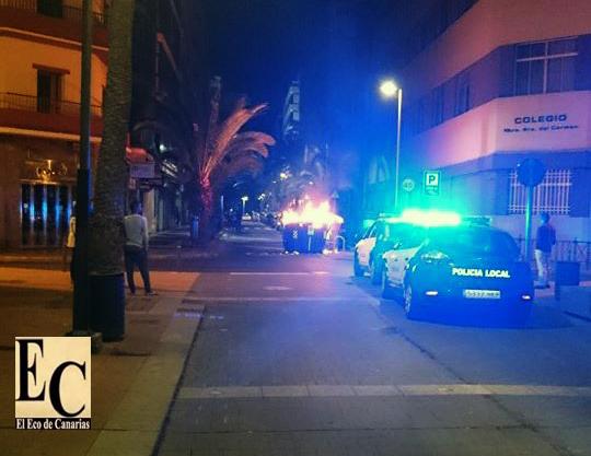 Incendian contenedores y los ponen en mitad de la calle Luis Morote / El Eco de Canarias