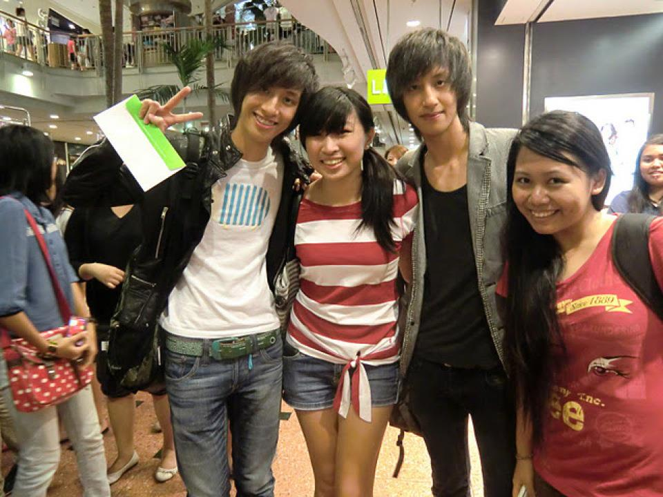 Carmen sarah yg global competition 2012 julien brandon howard picture from 2pms meet n greet at jurong point m4hsunfo