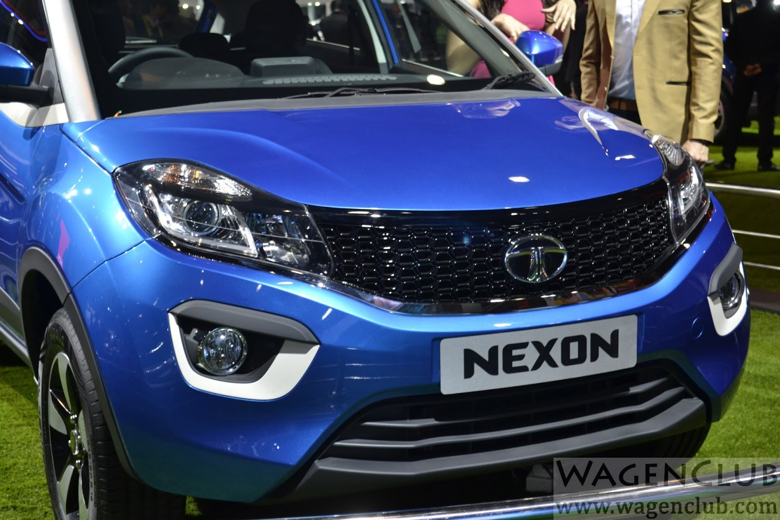 Tata Nexon Compact Suv Global Debut Auto Expo Live
