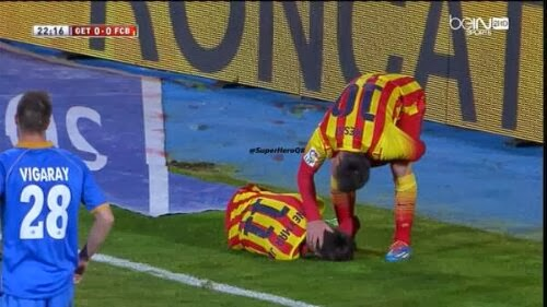 برشلونة الى ربع النهائي بثنائية ميسي وإصابة نيمار تفسد الفرحة