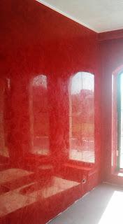 MANOPERA aplicare stucco venetian - echipa profesionisti specializati in aplicare stucco venetian- aplicare stucco venetian rosu intes