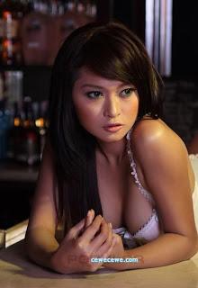 Model Popular Julie Octha